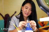 天津面塑艺术家刘芳为中小学美术教师讲授面塑技艺