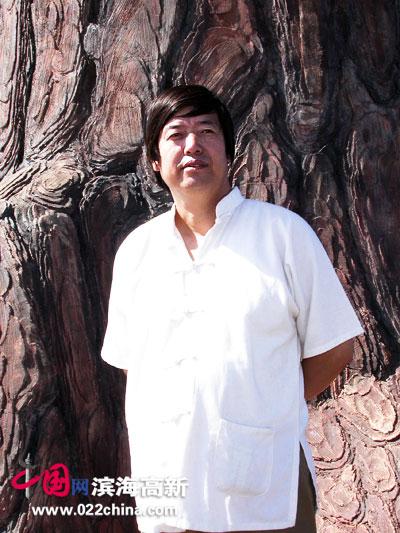 天津著名画家陈元龙