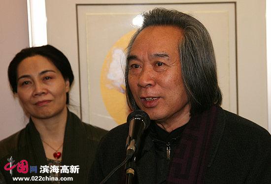 天津美术家协会副主席、著名画家霍春阳致辞