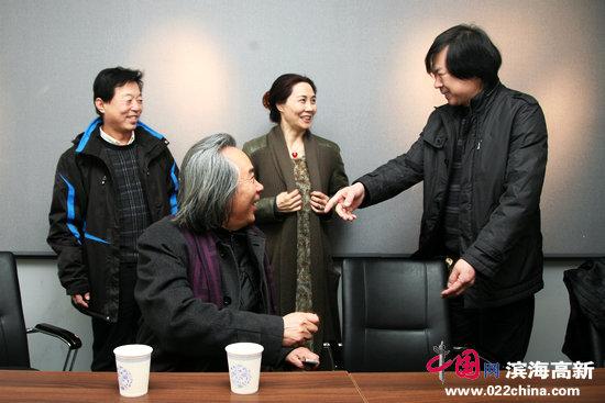 肖映梅写意花鸟中国画展在天美时代展出