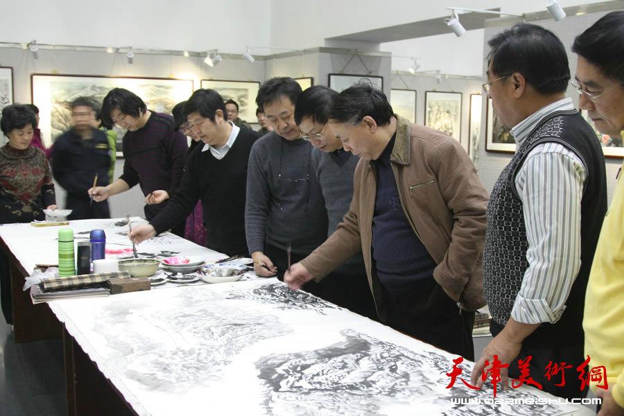"""""""美丽天津·中国梦书画展""""在天津图书馆开展。"""