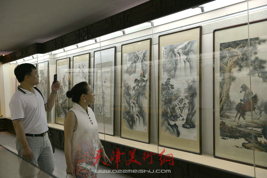 爱新觉罗家族2018最新博彩白菜大全展在天津文庙开展。