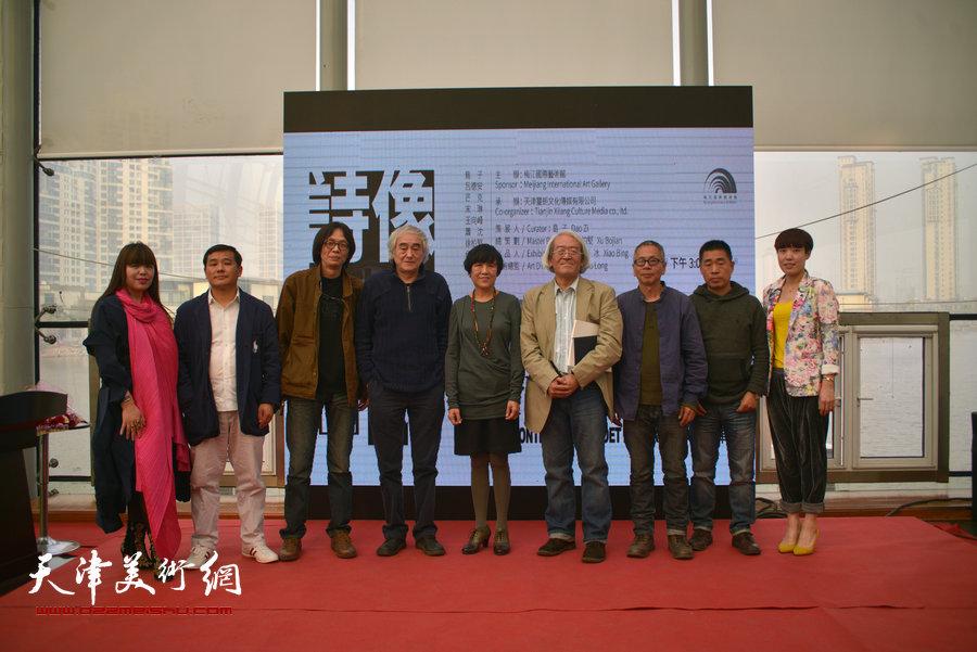 诗象与图�・当代诗人绘画艺术展4月11日在梅江国际艺术馆开幕。
