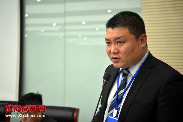 首任天津宁夏商会秘书长吴文君主持天津市宁夏商会第一次会员大会。