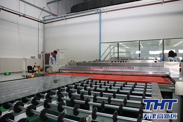 02/中节能智能玻显项目产品问世天津高新区新型LED智能玻璃填补国内空白